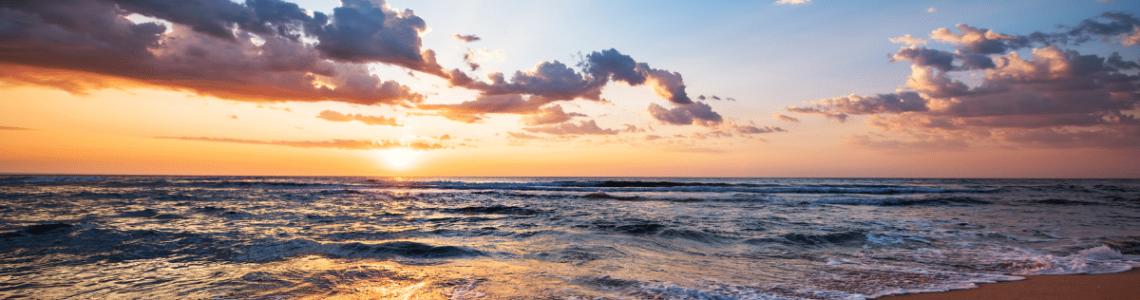 plage-bord-de-mer-vagues